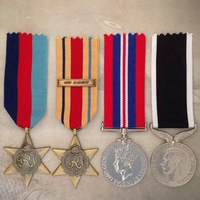 WWII AFRICA STAR 8TH ARMY + NZ WAR SERVICE MEDAL SET | ANTIQUE TONE